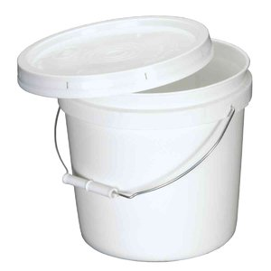 PREMIER FEED BUCKET WITH LID