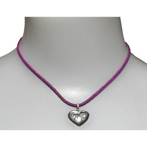 FAUX SUEDE PUFFY HEART NCKLACE