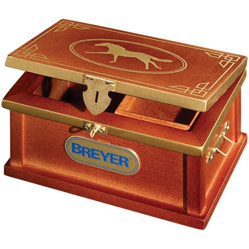 Breyer® Deluxe Tack Box